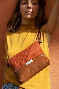 Handtasche LAVA // Leder rostrot geprägt - frisch Beutel
